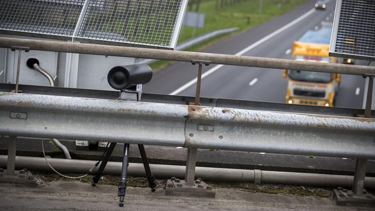 Intelligente camera's betrappen telefonerende automobilisten